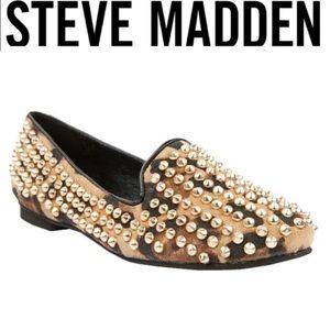 Steve Madden studlyy leopard studded flats 8.5